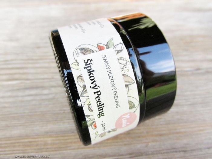 Navia - jemný šípkový peeling pro zralou pleť