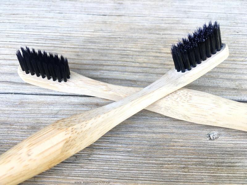 Nordics - bambusový kartáček na zuby s aktivním uhlím