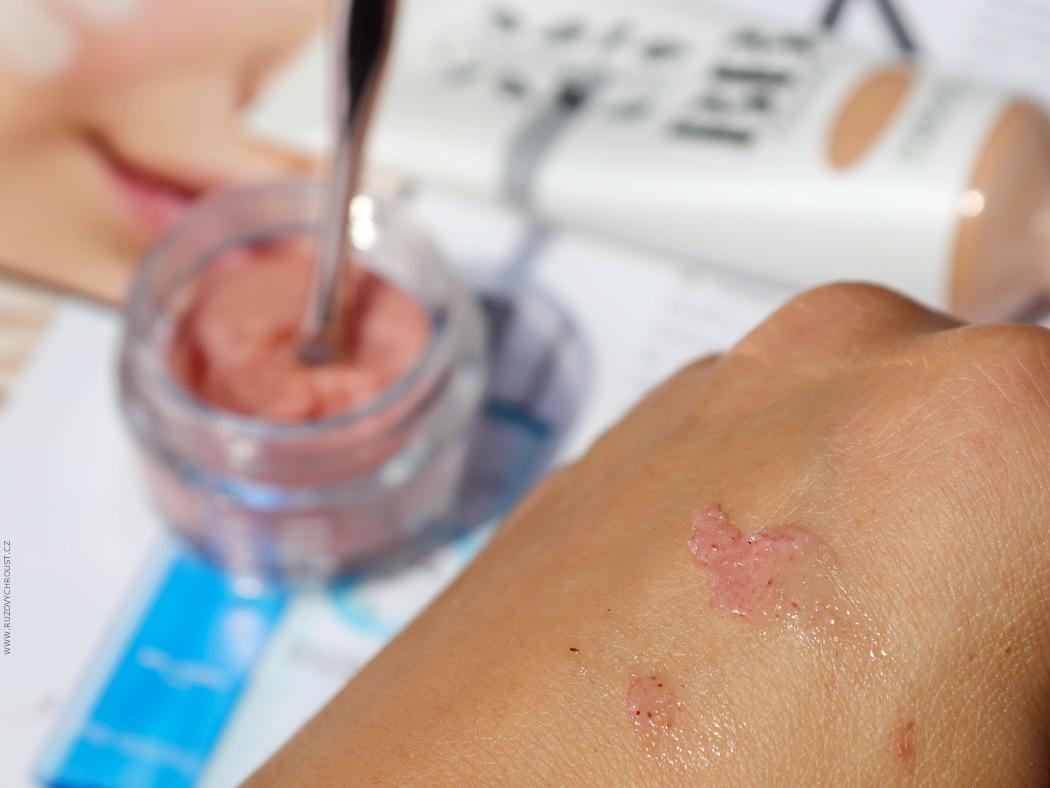 Physicians Formula Organic Wear peeling na rty s šípkovým olejem Rose
