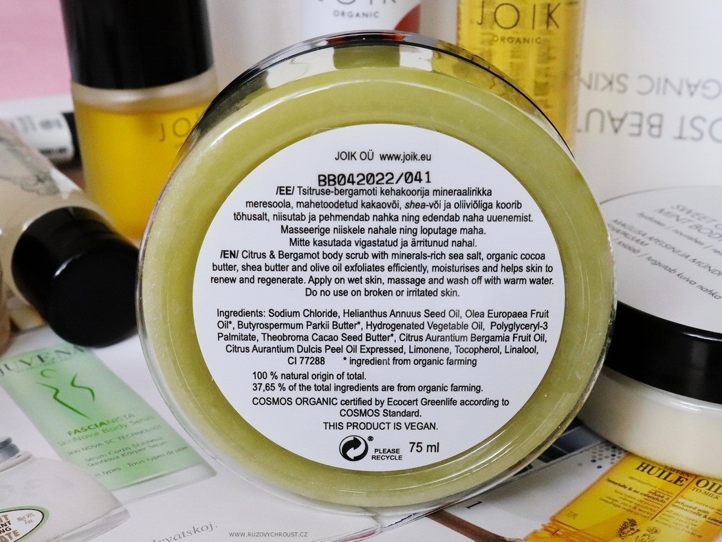 JOIK Citrus & Bergamot sea salt scrub (This year I will pack my gifts early)